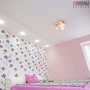 Двухуровневый сатиновый натяжной потолок в спальню