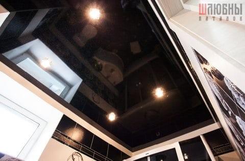 Одноуровневый потолок в ванну в Гомеле фото 1