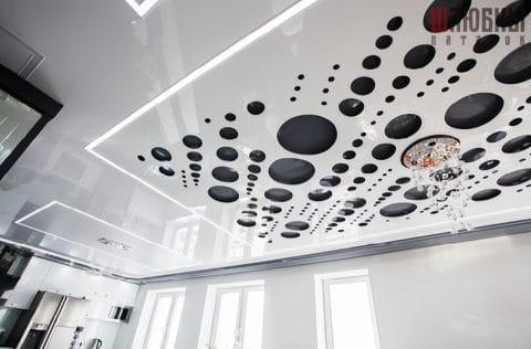 Потолок Apply с парящими линиями в студию в Гомеле фото 2